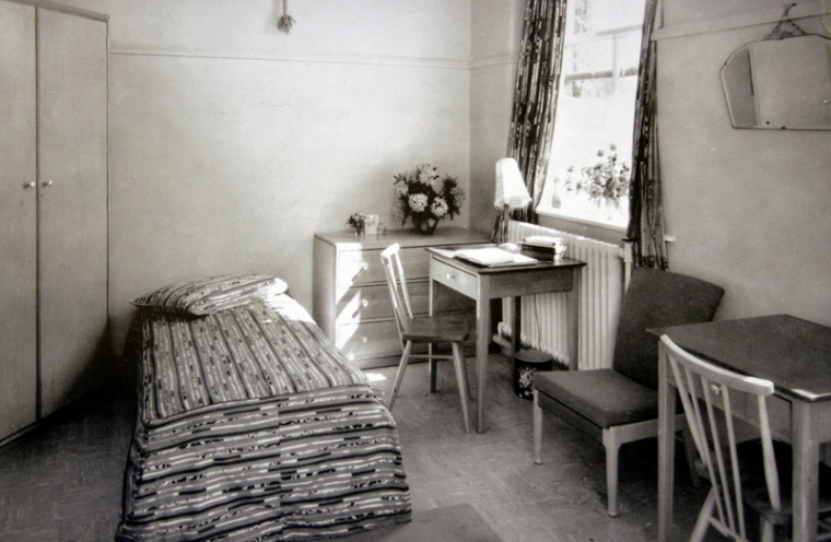 bing1963bedroom-001